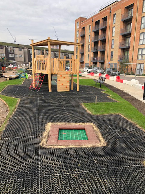 Hevelock Southall Project - Hardwood Robinia Playground Equipment Manufacturer West Sussex East Sussex Surrey Hampshire London